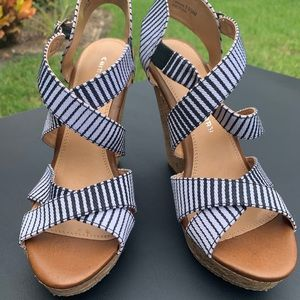 Chinese Laundry Wedge Sandals